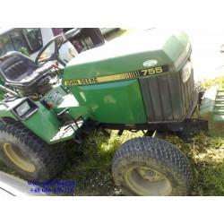 Traktorek ogrodniczy John Deere 755 A 4x4